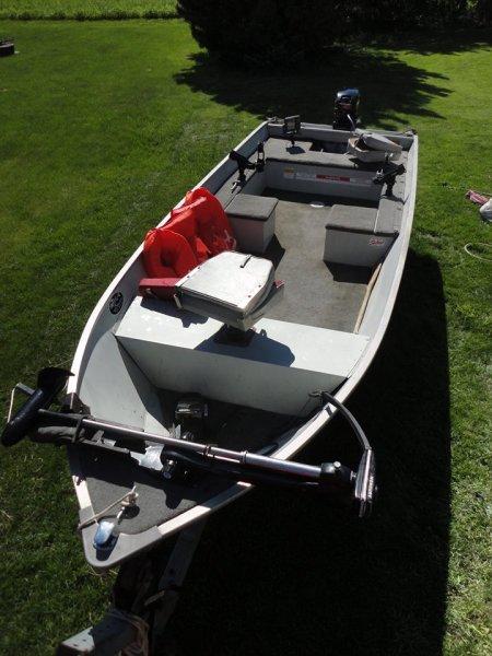 Tracker Guide V16 Fishing Duck Boat Ohio Game Fishing