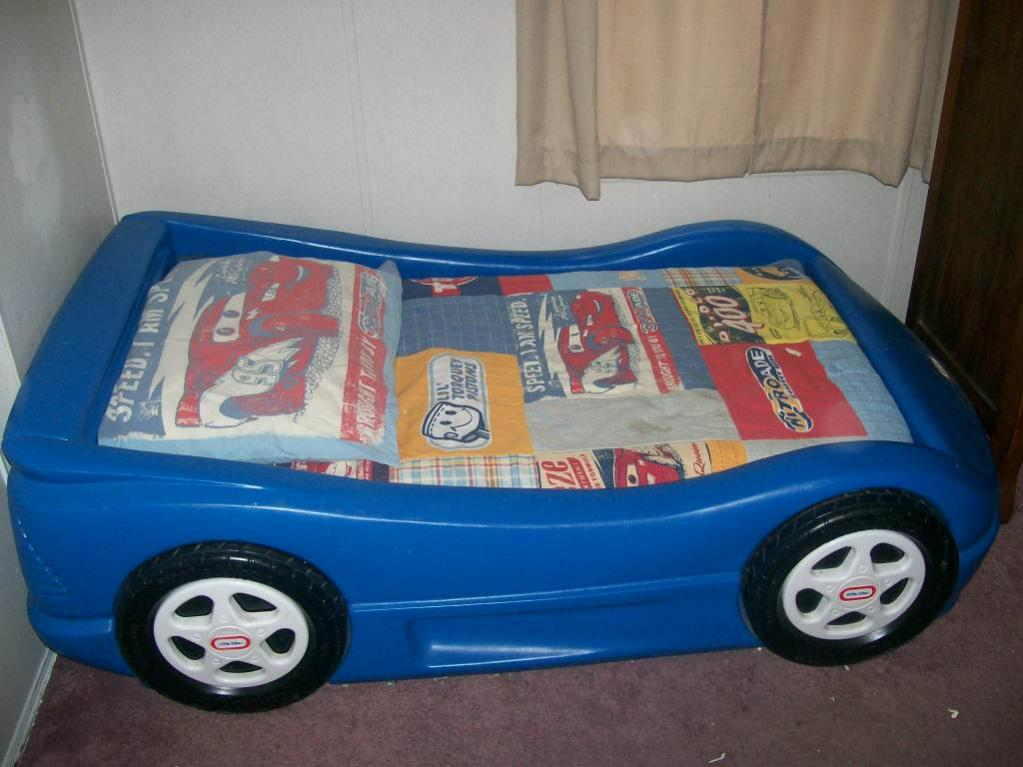 4 Sale Little Tikes Blue Race Car TODDLER Bed