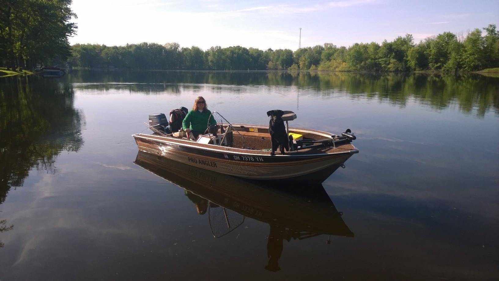 1984 17 foot smoker craft pro angler fishing boat for Angler fishing boat